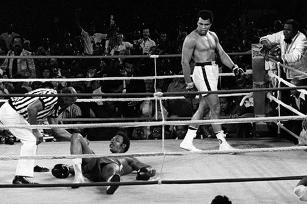 george-foreman-is-counted-out-in-zaire-as-muhammad-ali-looks-on-514378366